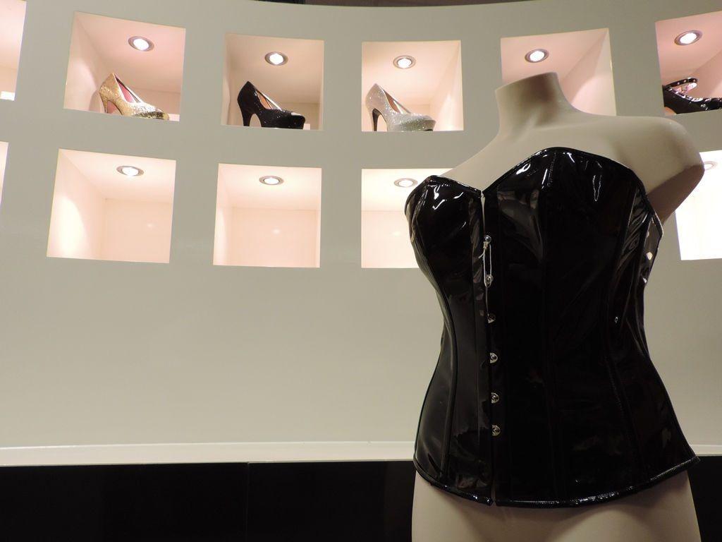 Sextoyland lingerie