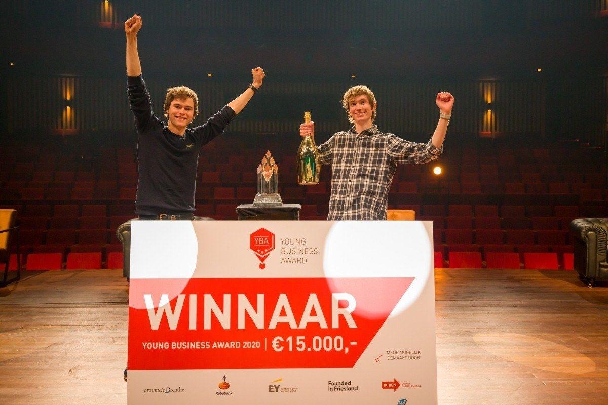 Young Business Award winnaar Code startup