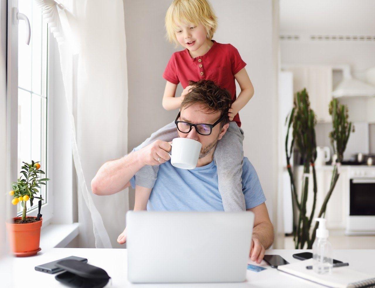 Thuiswerken gezin kinderen