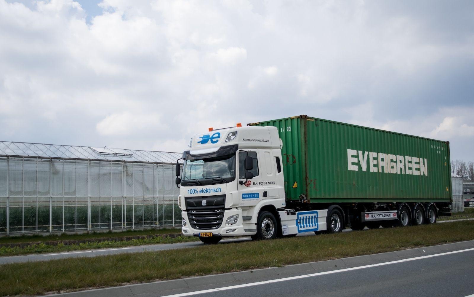 Vrachtwagen duurzaam batterij elektrisch 50 ton trekker transport