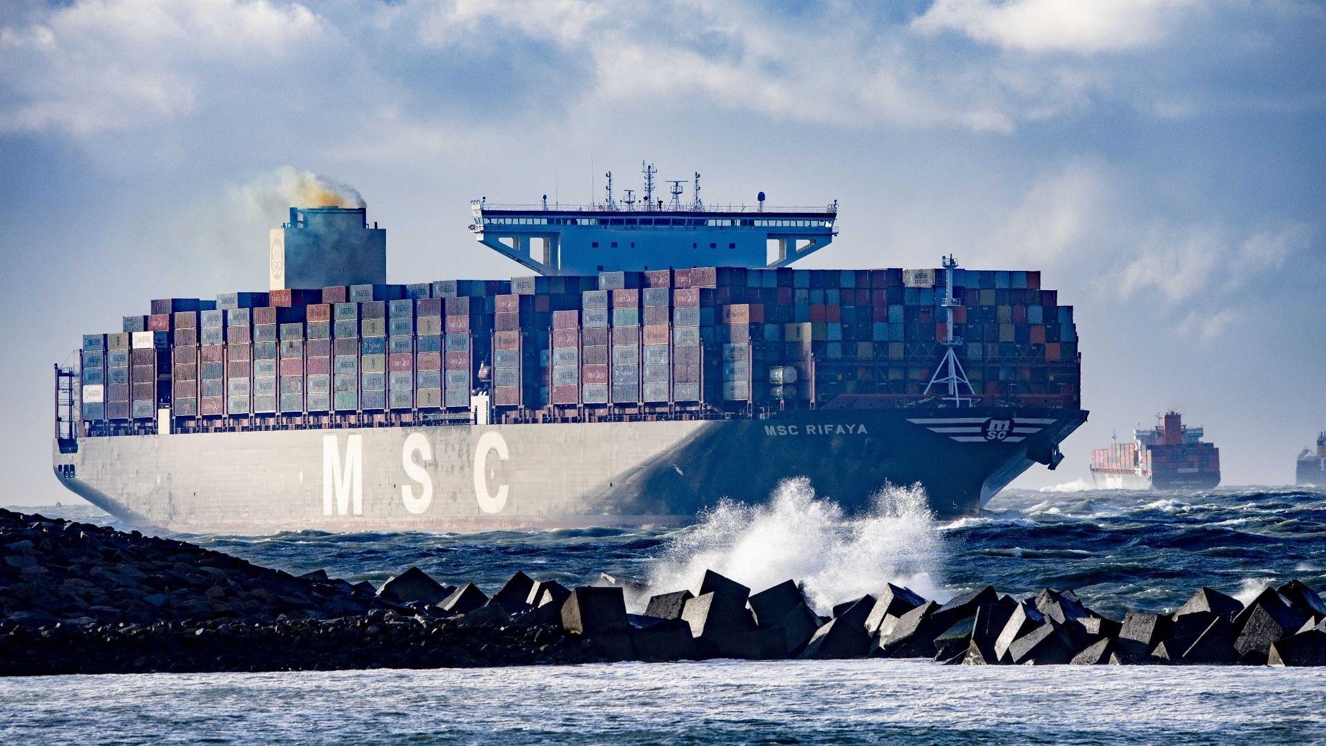 Containerschepen china suezkanaal rotterdam