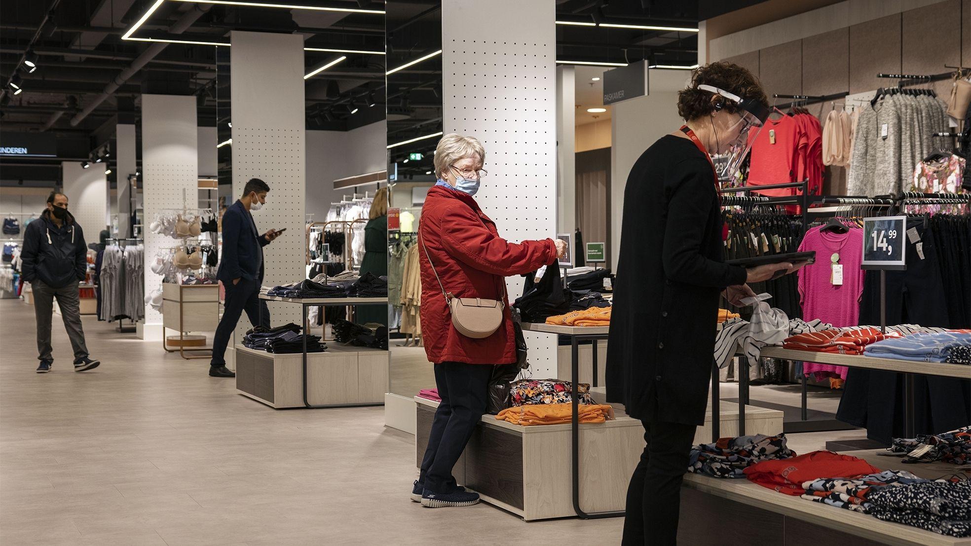 Cen A Hilversum corona winkelen