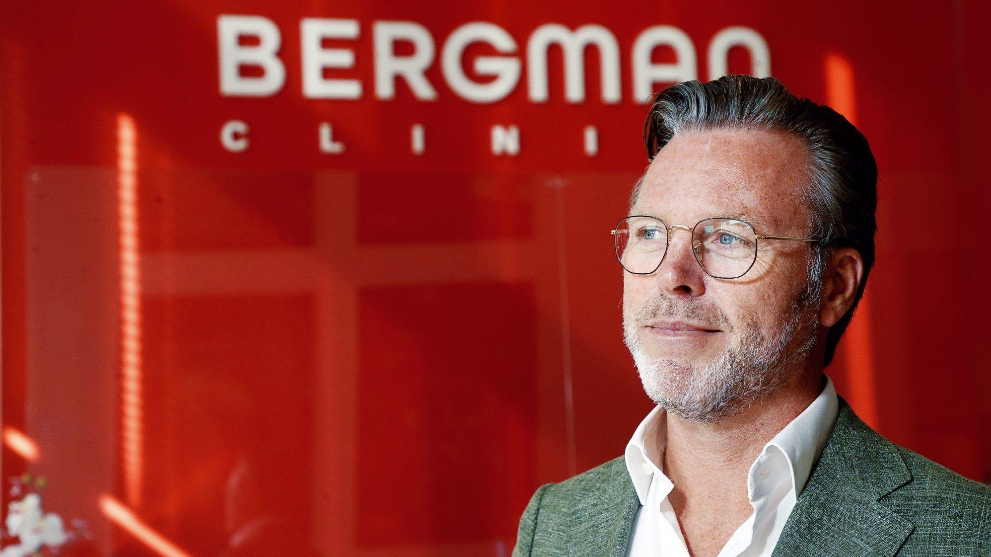 Johnny De Jong Bergman rode muur
