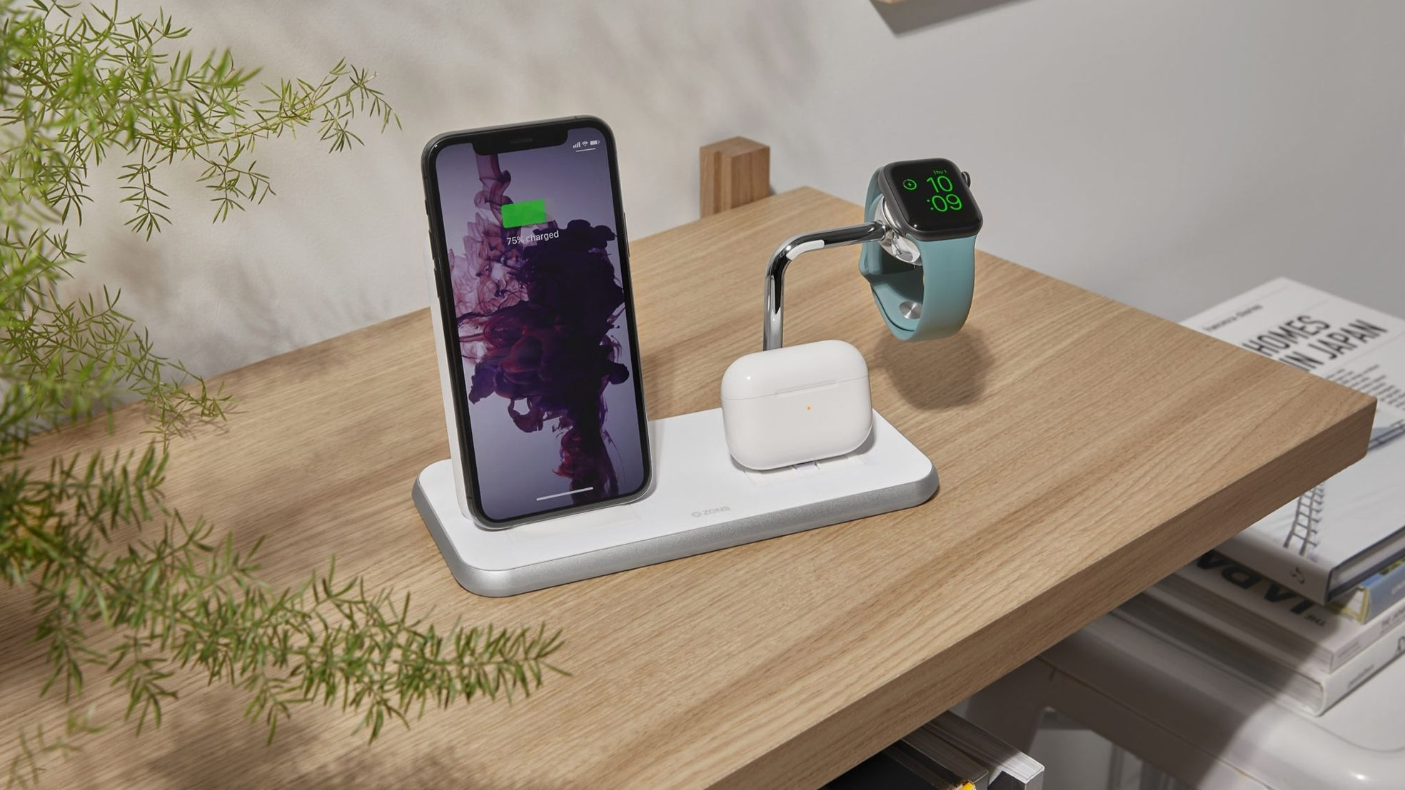 ZENS Stand Dock Watch Aluminium Wireless Charger White Lifestyle scaled 1