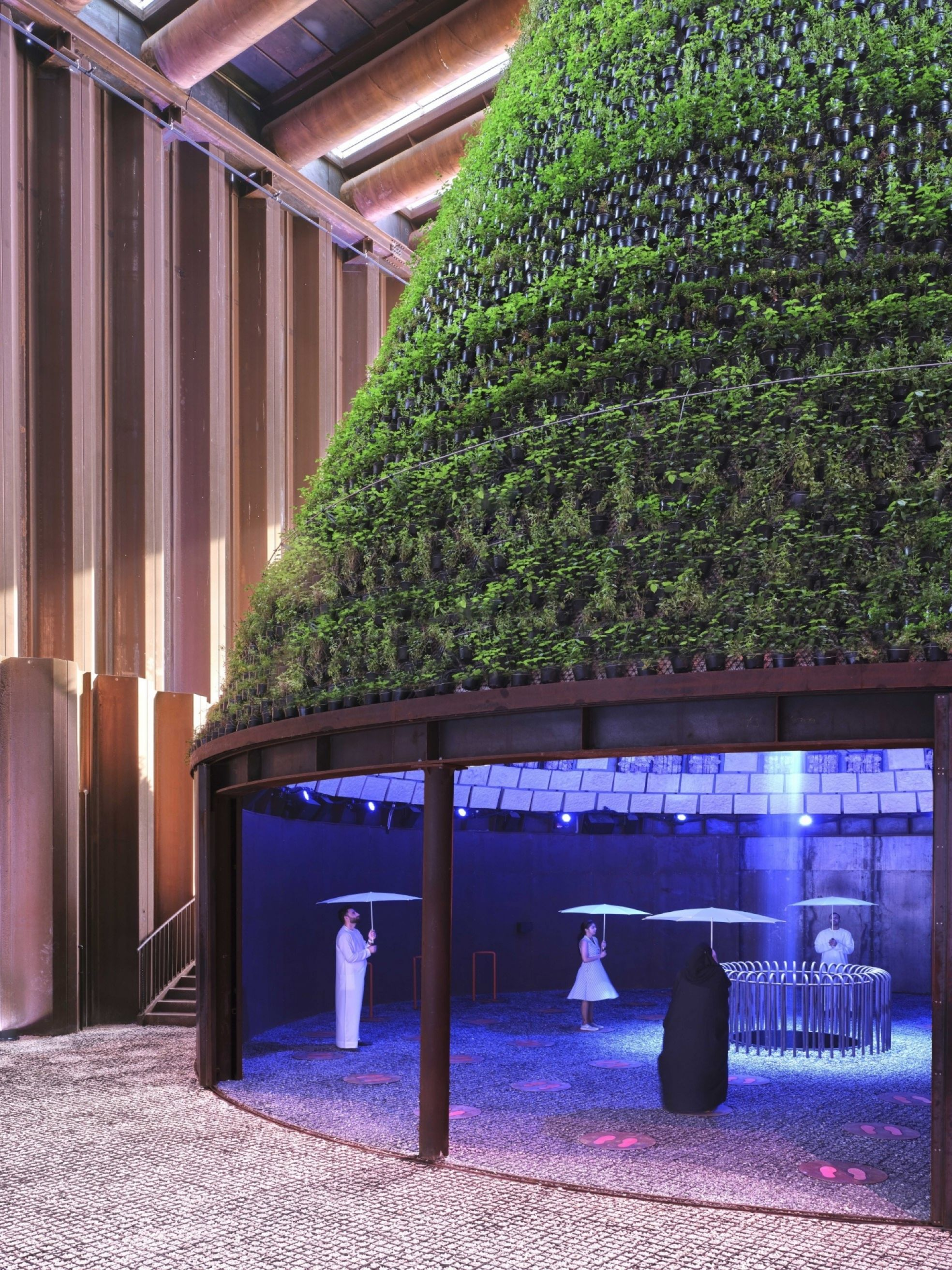 Dubai Expo paars