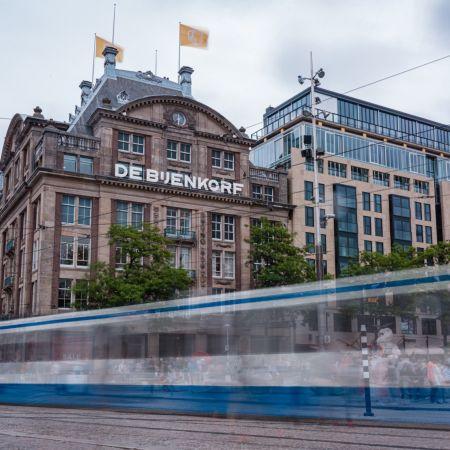 Bijenkorf Amsterdam tram