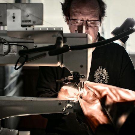 Familiebedrijf Mutsaers leren tassen Kaatsheuvel crowdfunding 2 ton internationaal groei