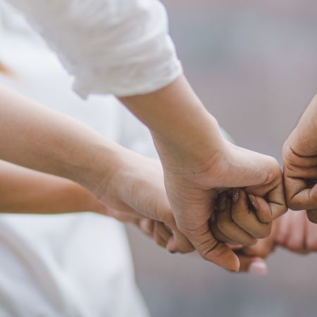 Handen ineen slaan voor en door ondernemers