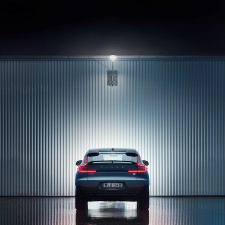 Volvo C40 Recharge grid