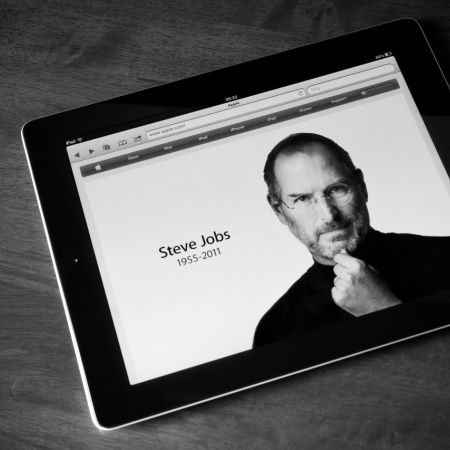 Apple tablet steve jobs