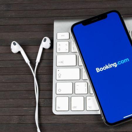 Booking com app toerisme