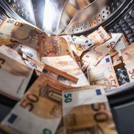 Contant betalen 5000 euro transactiekosten witwassen wasmachine