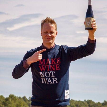 Derrick neleman wijn crowdfunding bottelfabriek