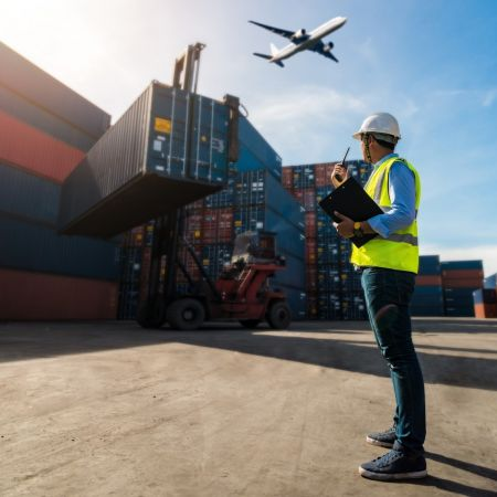 Export haven containers vliegtuig