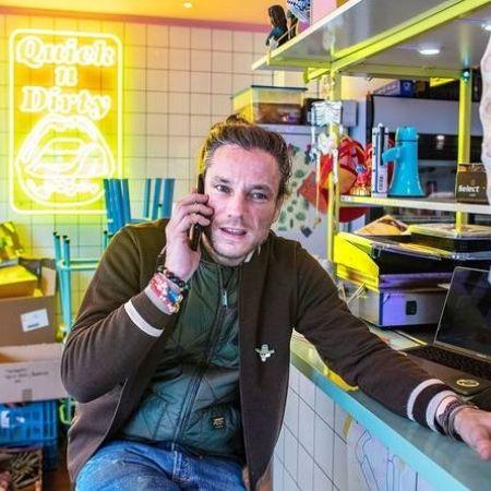 Jeroen lens local dealer amsterdam