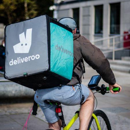 Maaltijdbezorger deliveroo fiets