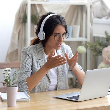 Video call meeting online zoom teams kantoor thuiswerken