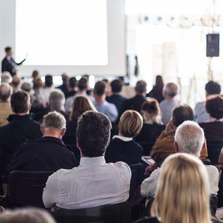 Zakelijk evenement persconferentie rutte