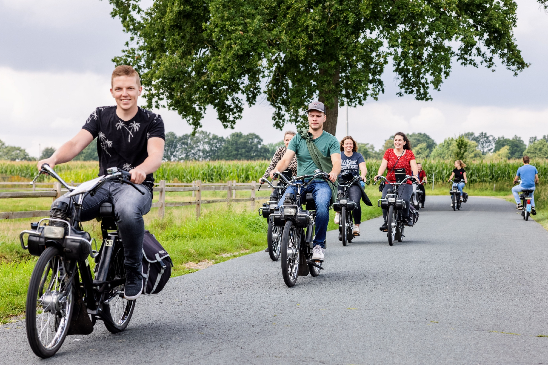 Solex verhuur vervoer mobiliteit recreatie Paul Tuerlings
