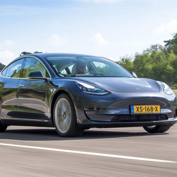 Tesla ANWB