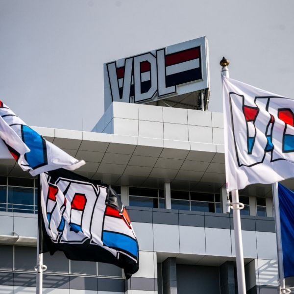 VDL fabriek born