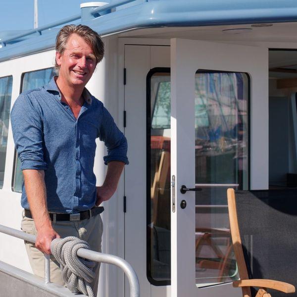 Eeuwe kooi km yachtbuilders makkum ondernemen coronacrisis werkverkeer