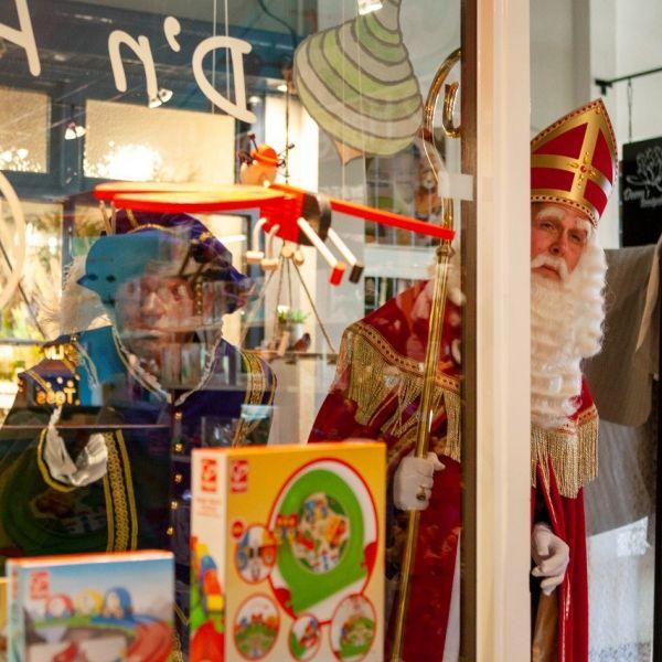 Sint piet speelgoed winkel december etalage