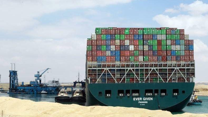 Ever given suezkanaal containers