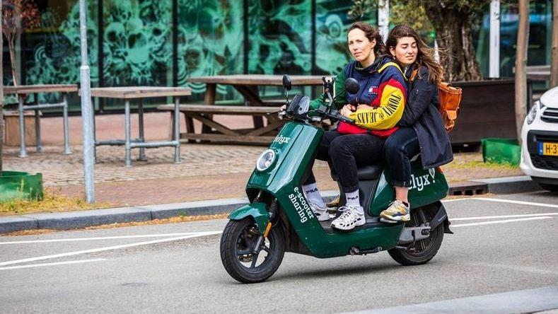 Kritiek deelscooter fiets gekannibaliseerd felyx