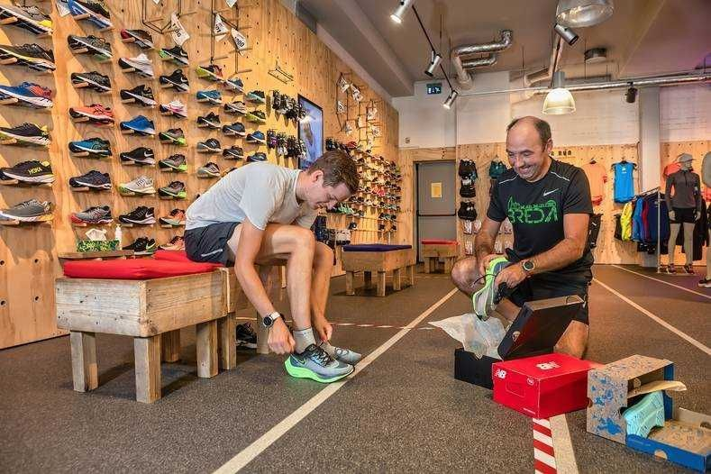 Hardlopen kleding schoenen passen winkel