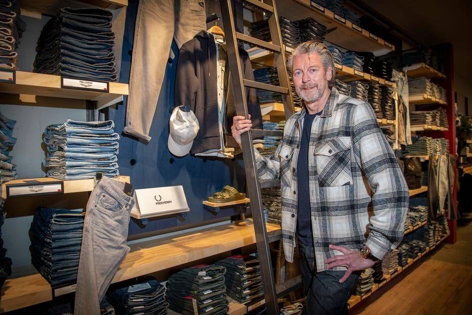Jan Peters Chasin jeans Apeldoorn kleding retail europese markt groei mode