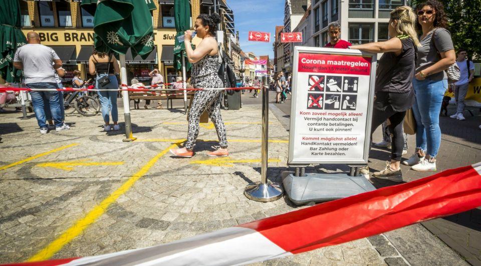 Corona winkelstraat consumentenvertrouwen communicatie Marcel van Hoorn ANP 410784231