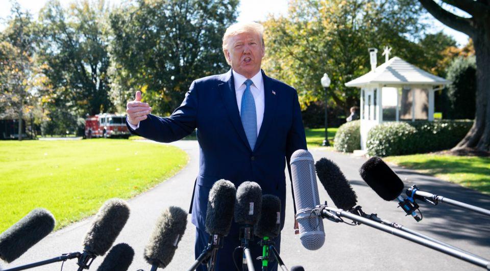 Donald Trump media microfoons