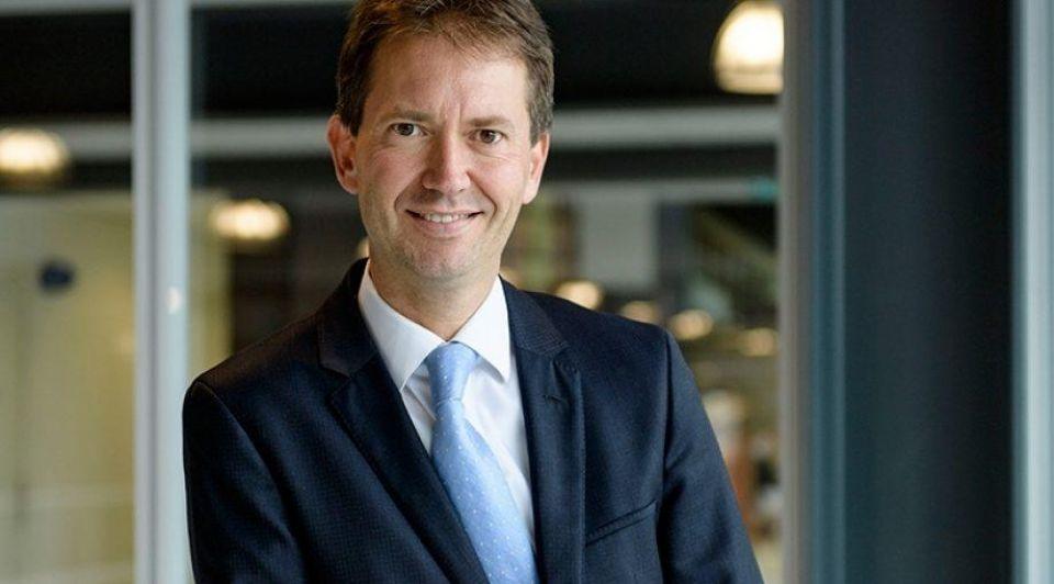 Eddy van Hijum interview over overschot bedrijventerreinen 2 Lars Smook