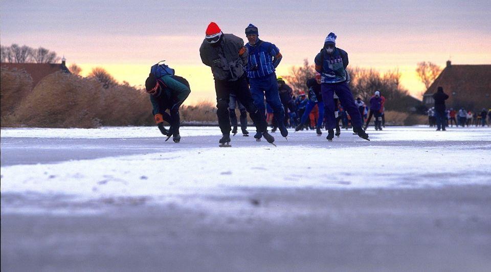 Elfstedentocht Friesland schaatsen corona sneltesten