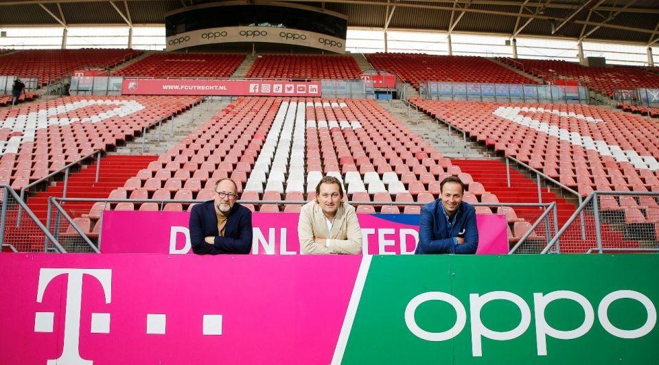Galgenwaard FC Utrecht T Mobile Oppo