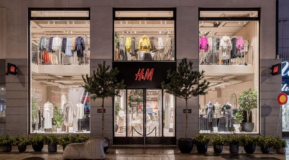 HM opent deuren corona winkels