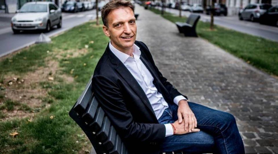 Jan Eeckhout econoom startups facebook
