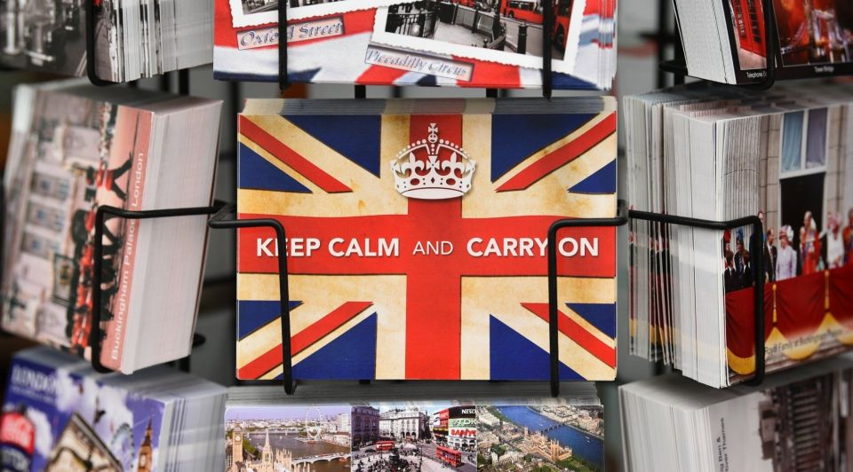 Keep Calm And Carry On ansichtkaart