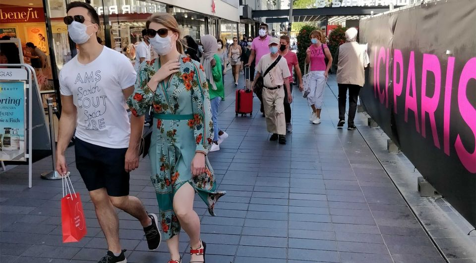 Lijnbaan publiek Rotterdam mondkapjes