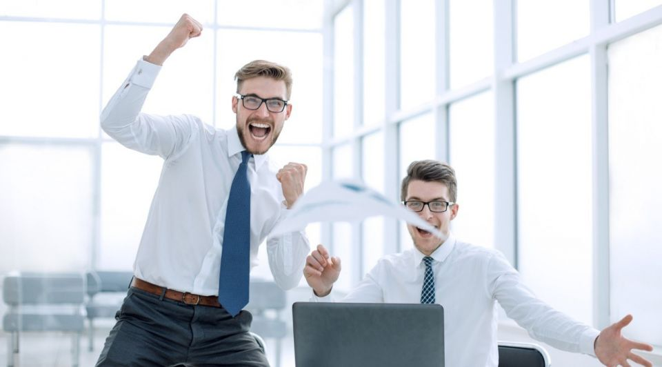 Office kantoor bedrijf personeel sales shutterstock