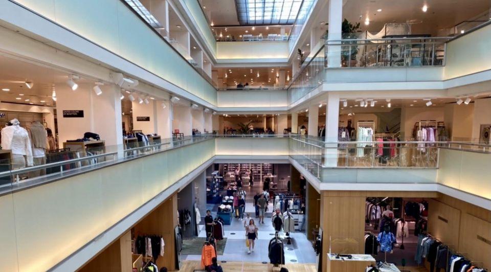 Retail winkels Bijenkorf Hans van tellingen coronamaatregelen corona beleid