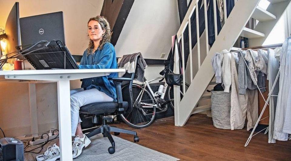 Sophie Deneef werkt voor Dell vanuit huis in Amsterdam