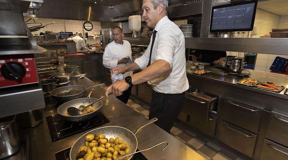 Van der valk personeel horeca corona maatregelen spaans portugees keuken