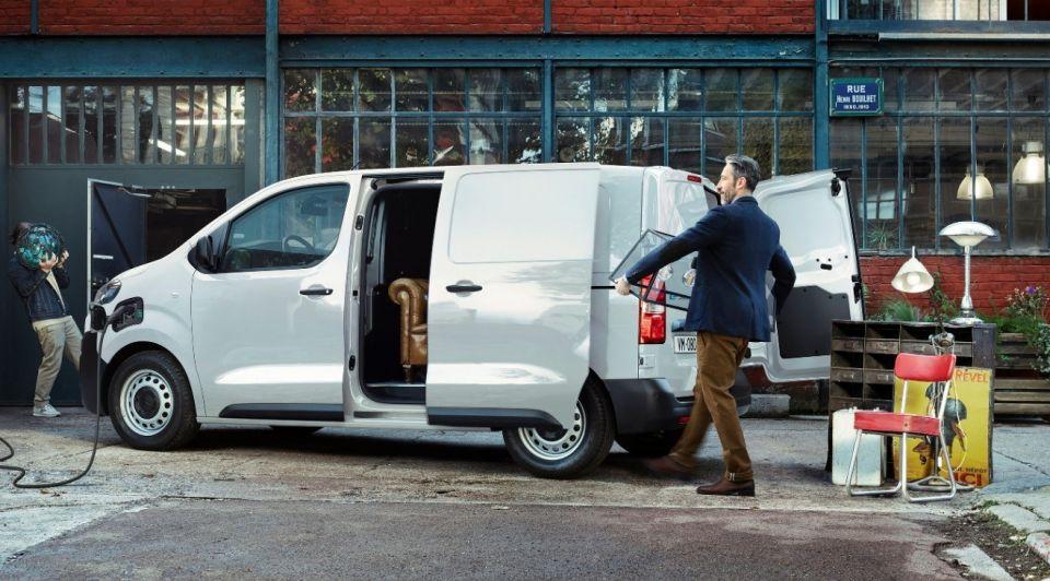 Citroen e jumpy elektrisch prijzen acceleratie bestellen bestelauto bedrijfswagen