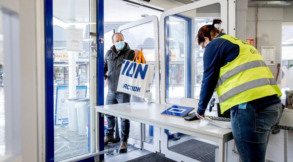 Click and collect action lockdown winkelstraat