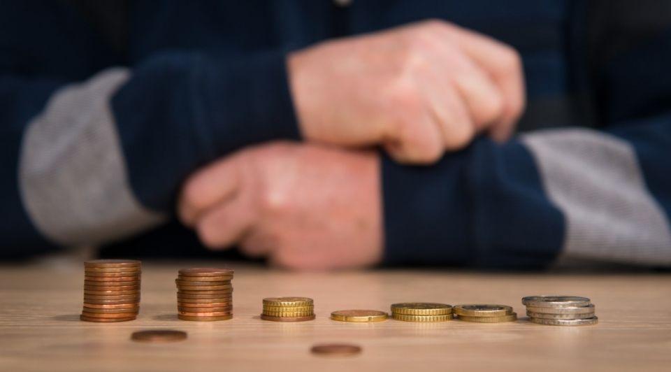 Corona pensioen geld munten