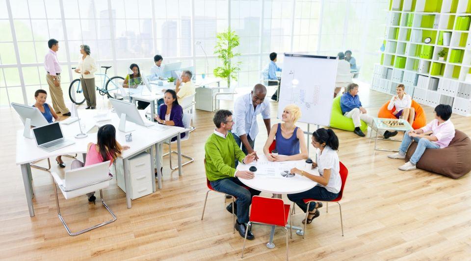 Diversiteit werkvloer kantoor liggend