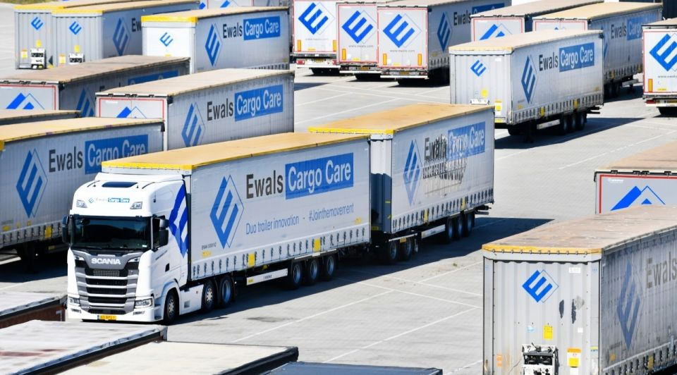 Ewals cargocare 32meter vrachtwagen