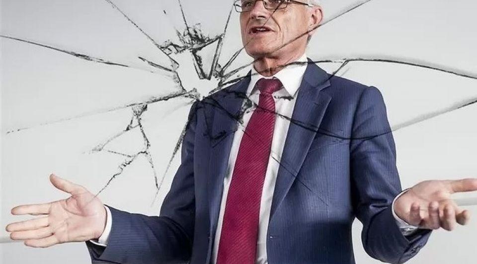 Gerard sanderink ruiten rechtszaak strukton oranjewoud cybercharlatan